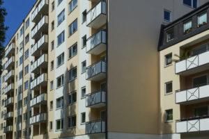 Triflex-Abdichtung an allen Balkonen