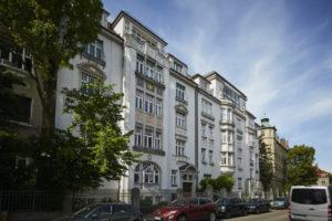 Fassadenrenovierung mit Auszeichnung der Stadt München