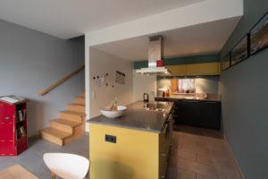 Farbgestaltung Wohnhaus I Magnetspachtel und Whiteboardoberfläche